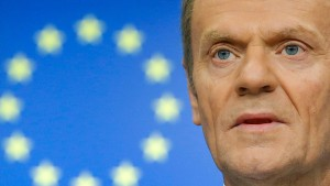 Tusk stellt abermals längeren Brexit-Aufschub in Aussicht