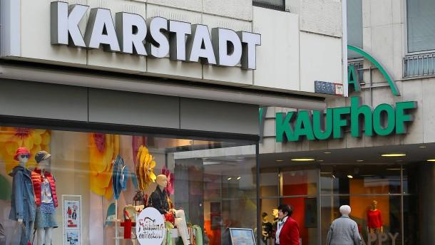 Kaufhof prüft 3-Milliarden-Euro-Offerte von Karstadt