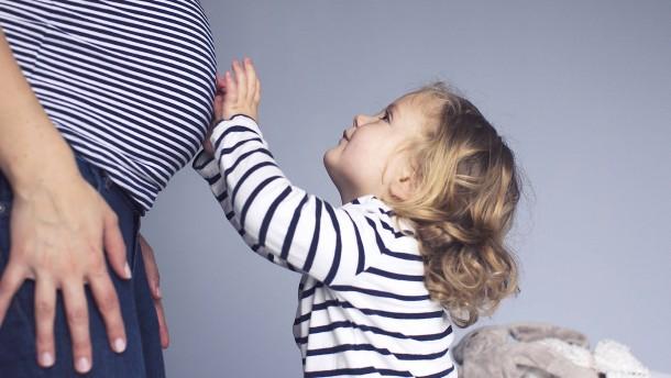 Längere Wege für werdende Mütter