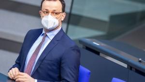 Spahn soll im Bundestag zu Schnelltests Stellung nehmen