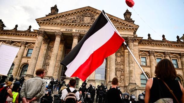 Deutsche Reichsflagge soll verboten werden