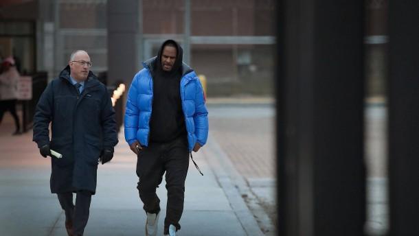 Musiker R. Kelly zahlt nun doch Kaution