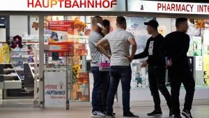 Der Frankfurter Hauptbahnhof verkommt vor aller Augen