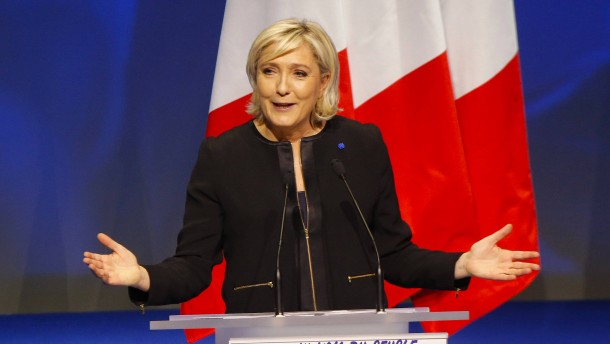 """Le Pen setzt auf das Motto """"Frankreich zuerst"""""""