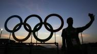 Die richtige Richtung: Wo olympische Ringe sind ist Rio in diesen Tagen nicht weit!
