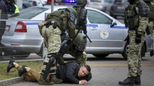 300 Festnahmen bei Protesten gegen Lukaschenka