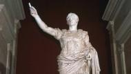 Unsterblich als gelockter Held: Kaiser Augustus ließ im ganzen Reich Statuen von sich aufstellen