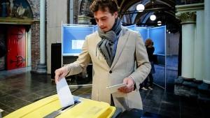 Rechtsruck bei Wahlen in den Niederlanden erwartet