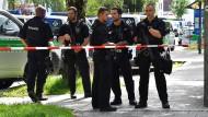 Ermittlungen nach Kopfschuss auf Polizistin laufen