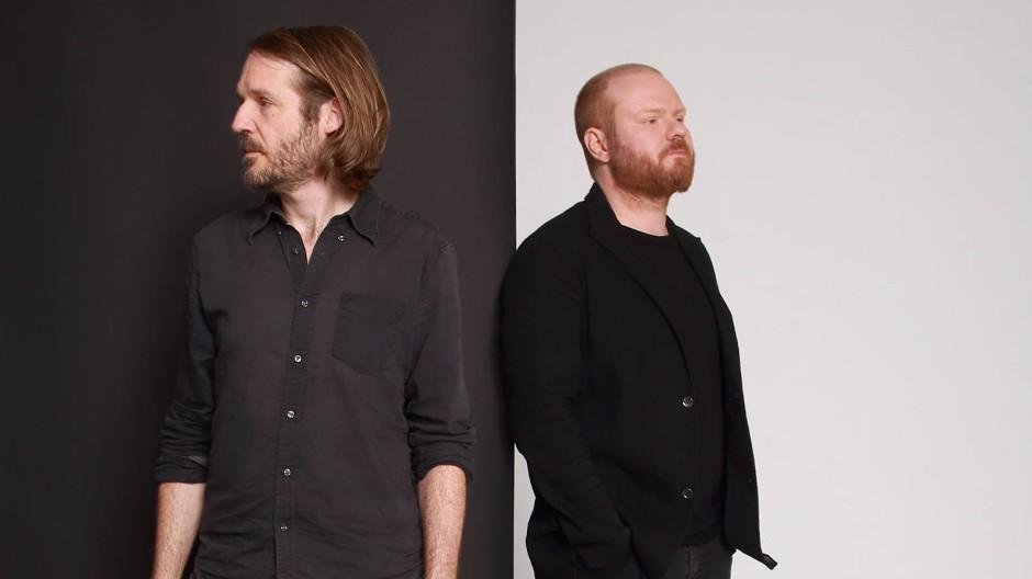 Schubertiade: Liedermacher Gisbert zu Knyphausen (links) und Pianist Kai Schumacher haben zehn Schubert- Lieder eingespielt.
