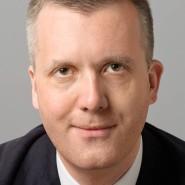 """Florian Balke - Portraitaufnahme für das Blaue Buch """"Die Redaktion stellt sich vor"""" der Frankfurter Allgemeinen Zeitung"""