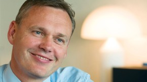 Ulrich Sieber - Der Personalchef der Commerzbank stellt sich in Frankfurt den Fragen von Georg Meck
