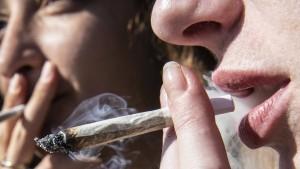 Jeder dritte Berliner Schüler hat Erfahrungen mit Cannabis