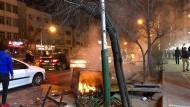 Die Proteste richten sich nicht mehr allein gegen die Regierung Rohani, sondern gegen das gesamte politische Establishment.