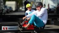 Schneller als Nico Rosberg (links): Andreas Scheuer