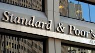 Für Großbritannien werden Kredite nun teurer: Abstufung durch die Ratingagentur Standard & Poor's