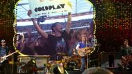 Frankfurt liebt Coldplay: Jonny Buckland, Will Champion, Chris Martin und Guy Berryman (von links) dürfen sich der Zuneigung der Massen sicher sein.
