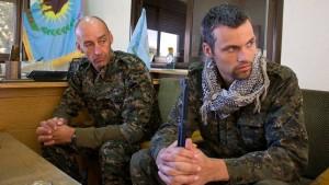 Surflehrer an syrischen Fronten