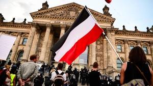CDU-Spitze fordert nach Corona-Demo mehr Befugnisse für Polizei