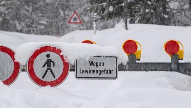 Leiche von viertem deutschen Skiwanderer in Österreich gefunden