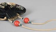 Minimal: Dieses chinesische Beutelchen diente im 19. Jahrhundert dem Duft.