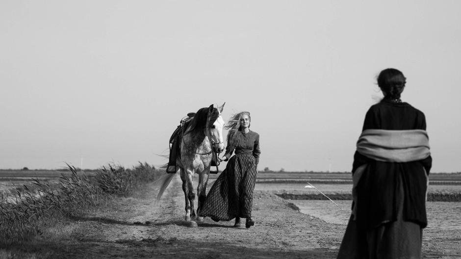 """Was aussieht wie ein schönes Schlussbild, ist ein schönes Schlussbild, und zwar aus """"Elisa & Marcela"""" von Isabel Croixet im Wettbewerb der Berlinale."""