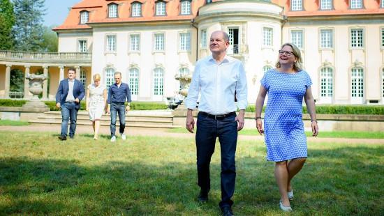 SPD-Bundesminister beraten in der Villa Borsig