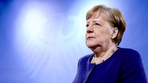 Russische Hacker sollen Mails von Kanzlerin Merkel erbeutet haben