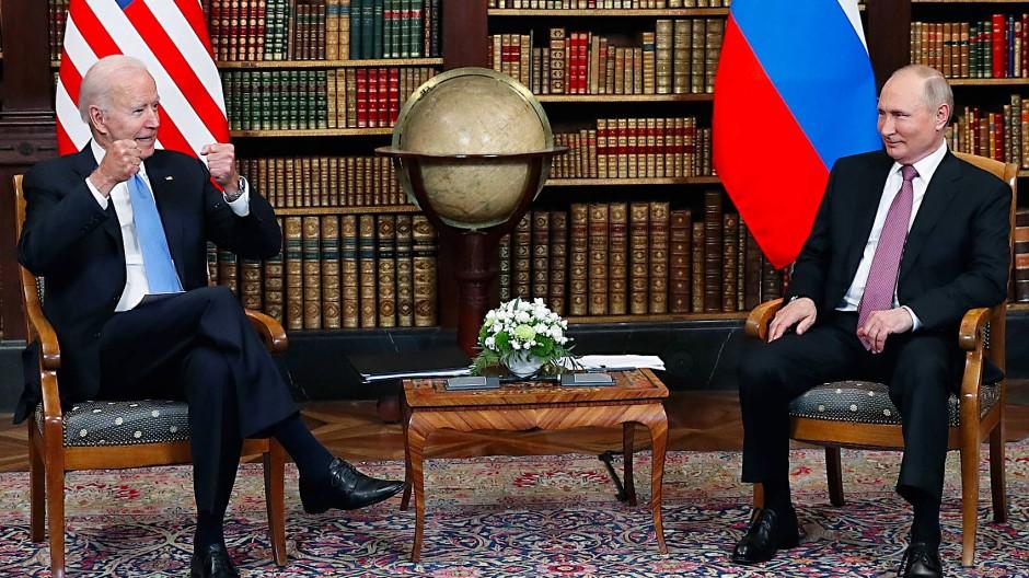 Biden und Putin während des Treffens in Genf