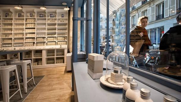 neue pflegemarken setzen auf biologische produkte. Black Bedroom Furniture Sets. Home Design Ideas