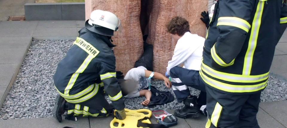 """Vulva-Skulptur in Tübingen: """"Das weibliche Geschlecht unverdeckt zeigen"""""""