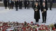 Merkel und Hollande besuchen Breitscheidplatz