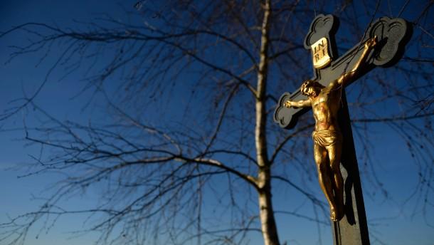 Den Sinn des Kreuzes öffentlich machen
