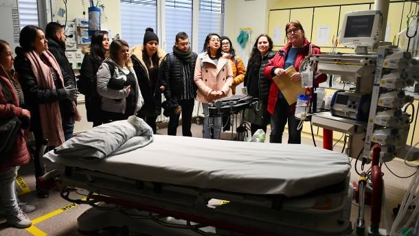 Mexikanische Pflegekräfte verstärken Schweriner Kliniken