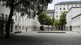 Kramp-Karrenbauer erinnert an Widerstand gegen NS-Regime