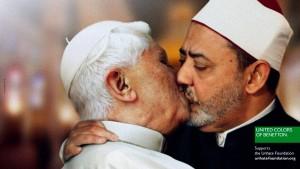 Benetton zieht Bild des küssenden Papstes zurück