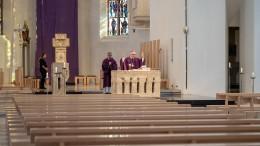 Die Messe ohne Volk ist zeitgemäß