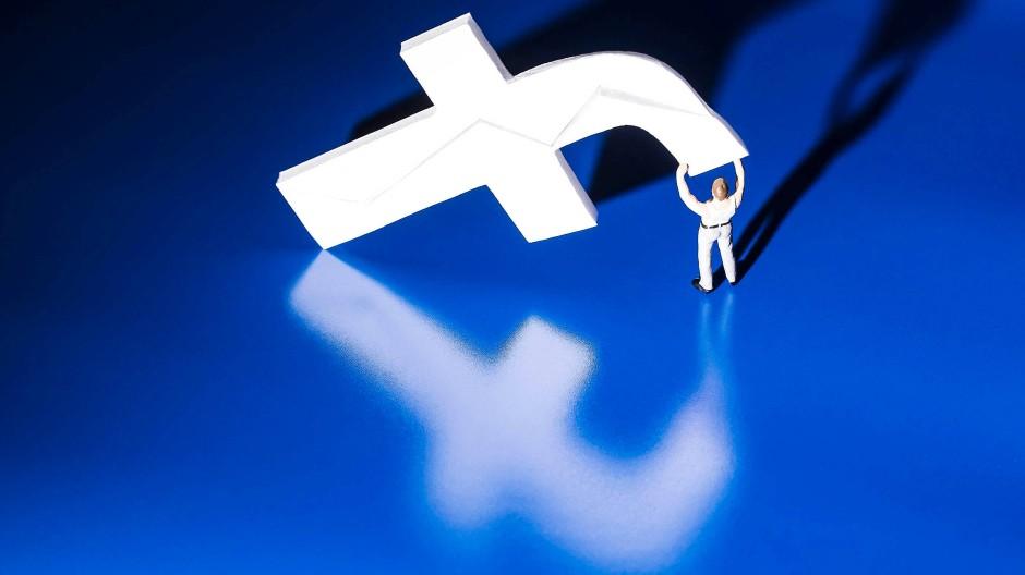 Facebook hatte von Mittwochabend bis Donnerstagmorgen stundenlang Probleme.