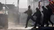 Selbstmordattentäter, Scharfschützen und Sprengfallen