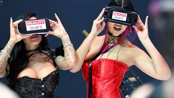 Virtual Reality: Revolution im Pornogeschäft?