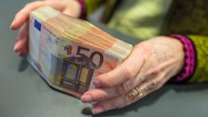 Bargeld-Obergrenze von 5000 Euro noch zu hoch
