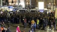 Die Kölner Polizei hielt kurzzeitig hunderte Nordafrika fest.