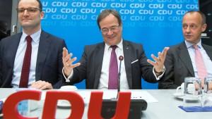 CDU-Politiker diskutieren über Schaulaufen und Kampfkandidatur