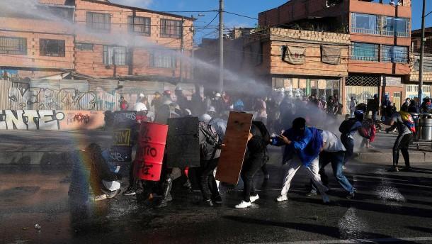 Unabhängigkeitstag von Protesten überschattet