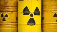 Die Regierung mauert Atomkonzernen den Fluchtweg zu