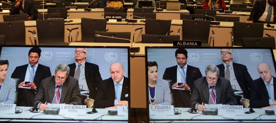Unterhändler Einigen Sich Auf Entwurf Für Klimaschutz Vertrag