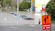 Überschwemmungen und Zerstörungen in Australien durch Tropensturm