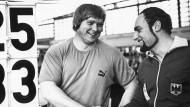 Krivec bringt das aufgetauchte Rezept von Steinbach mit einem Erlebnis in Zusammenhang, mit dem die Doping-Karriere des Kugelstoßers Gerd Steines (links) begann.