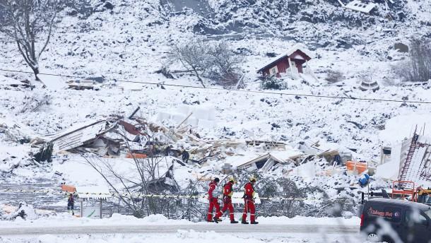 Mittlerweile vier Tote nach Erdrutsch in Norwegen gefunden