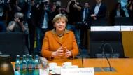 """""""Nein"""", """"nein"""", """"nö"""": Angela Merkel am Donnerstag im NSA-Untersuchungsausschuss in Berlin"""
